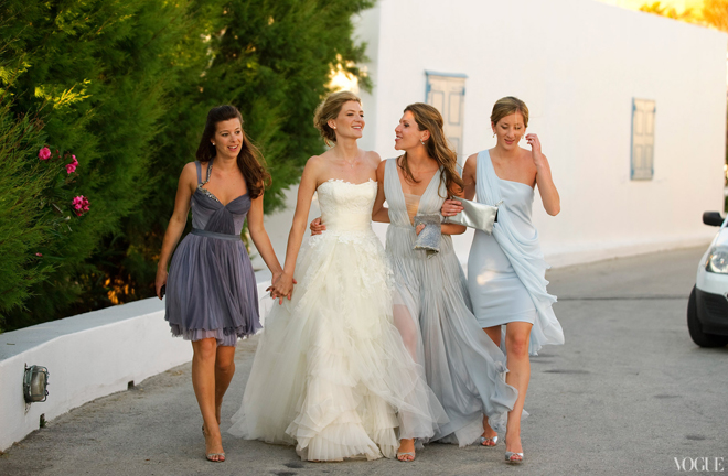 mismatched-bridesmaid-dresses-47